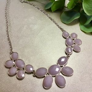 NWOT Pretty Light Purple and Silver Necklace